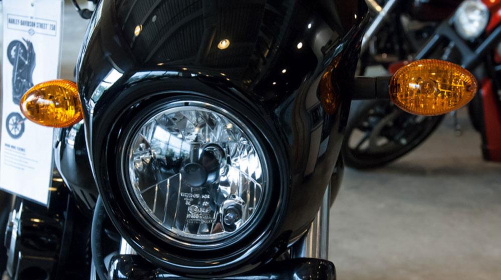 2726550_Tinhte.vn_Harley-Davidson_Street_750-6.jpg