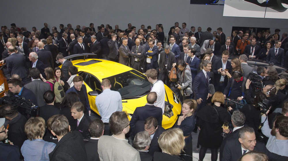 Lamborghini-Aventador-SV-Carscoops5.jpg