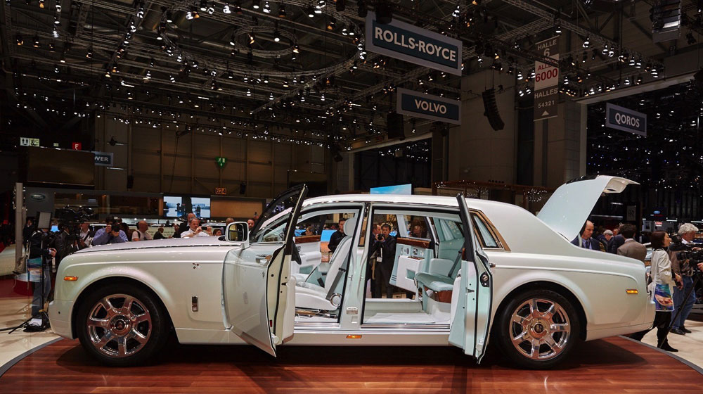 rolls-royces-phantom-serenity-showed-us-what-bespoke-truly-means-in-geneva-live-photos_17.jpg