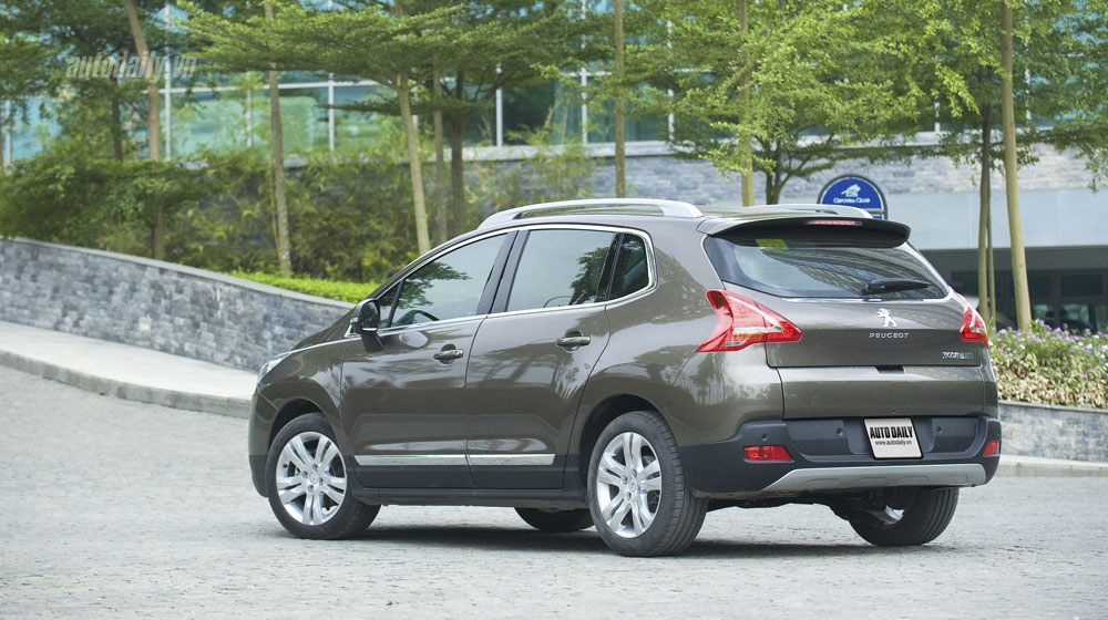 Peugeot-3008-(4).jpg