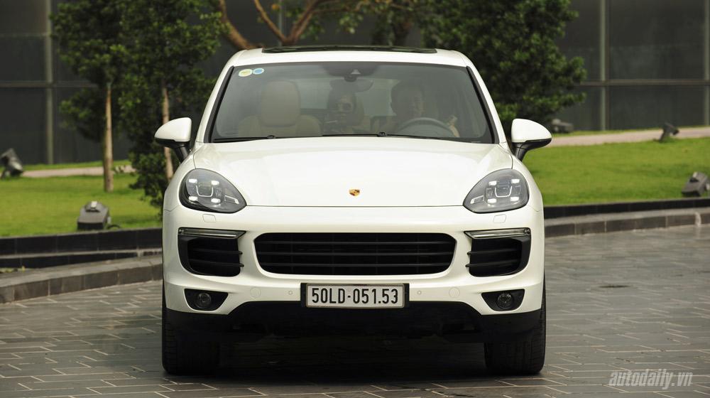 Porsche Cayenne 2015 (2).jpg