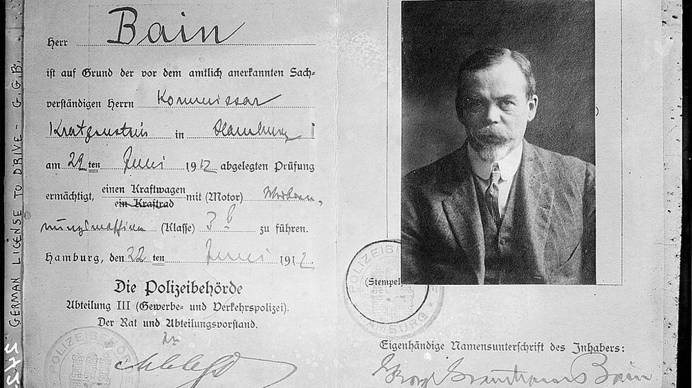 German_drivers_license_-_Bain_(LOC).jpg