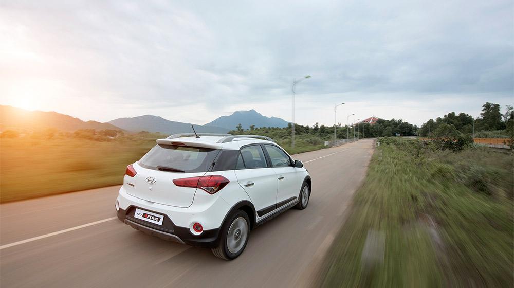 Hyundai-i20-Active-(23).jpg