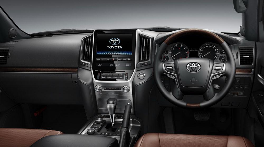 Toyota-Land-Cruiser-200-2.jpg