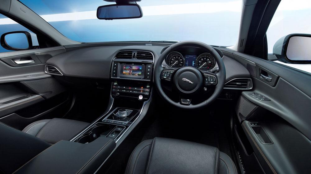 jaguar-xe-2015 (2).jpg