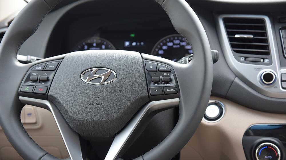 Hyundai Tucson 2016 (9).jpg