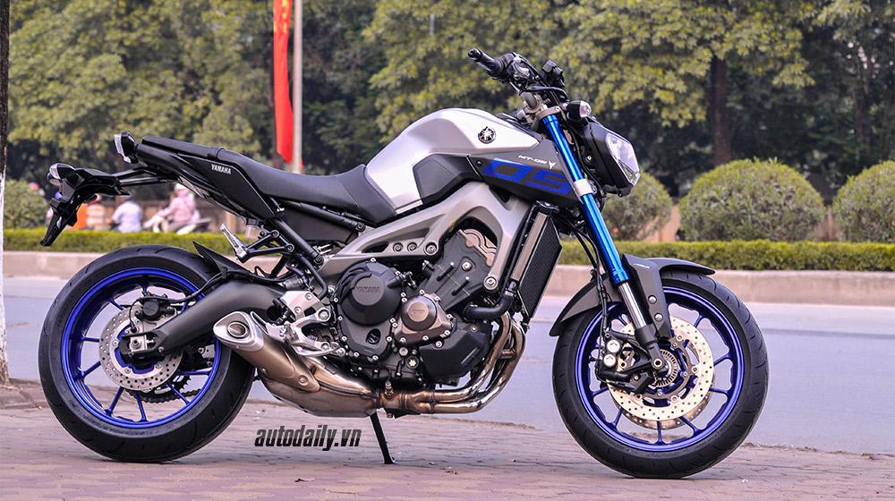 Yamaha MT-09 2015 (6).jpg