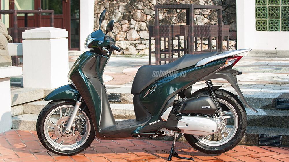 Honda SH (7).jpg