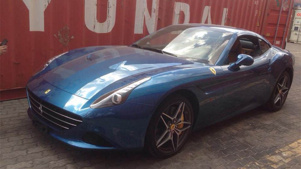 Ferrari California T (11).jpg