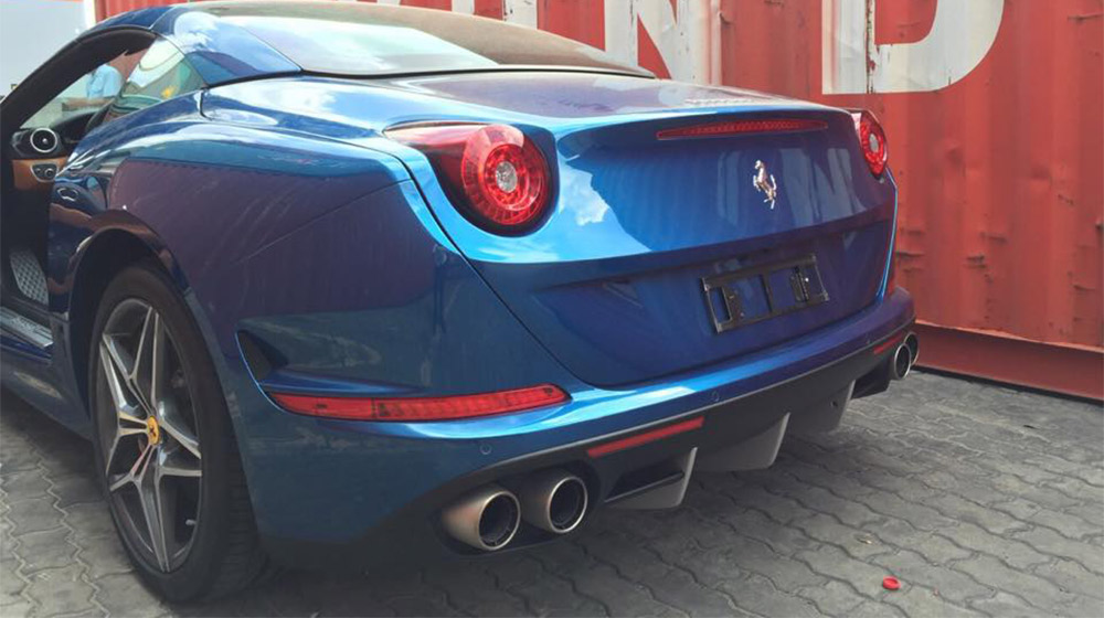 Ferrari California T (7).jpg