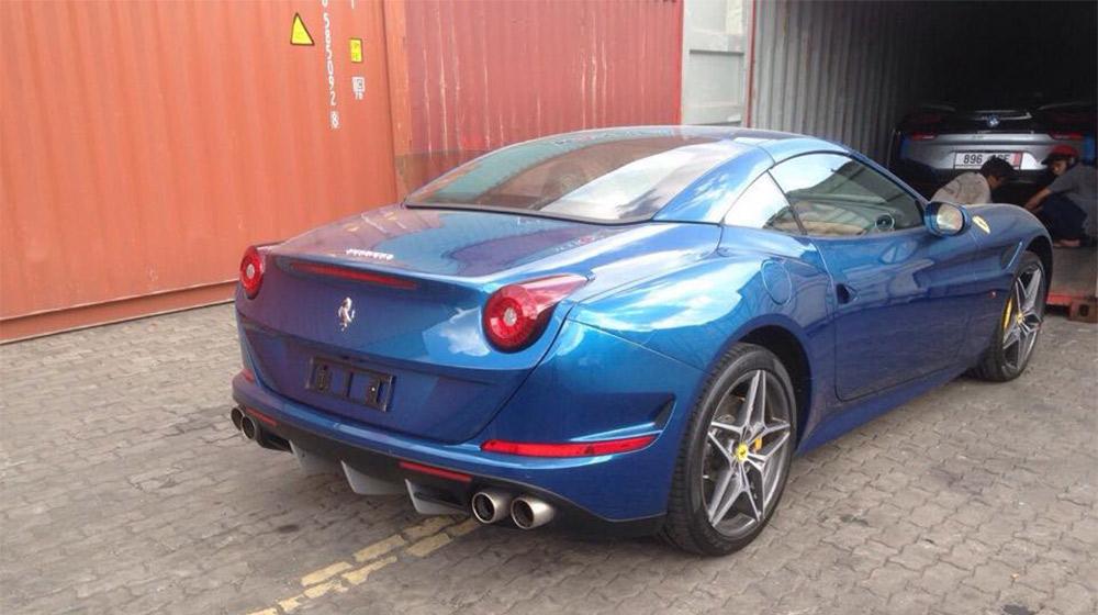 Ferrari California T (8).jpg