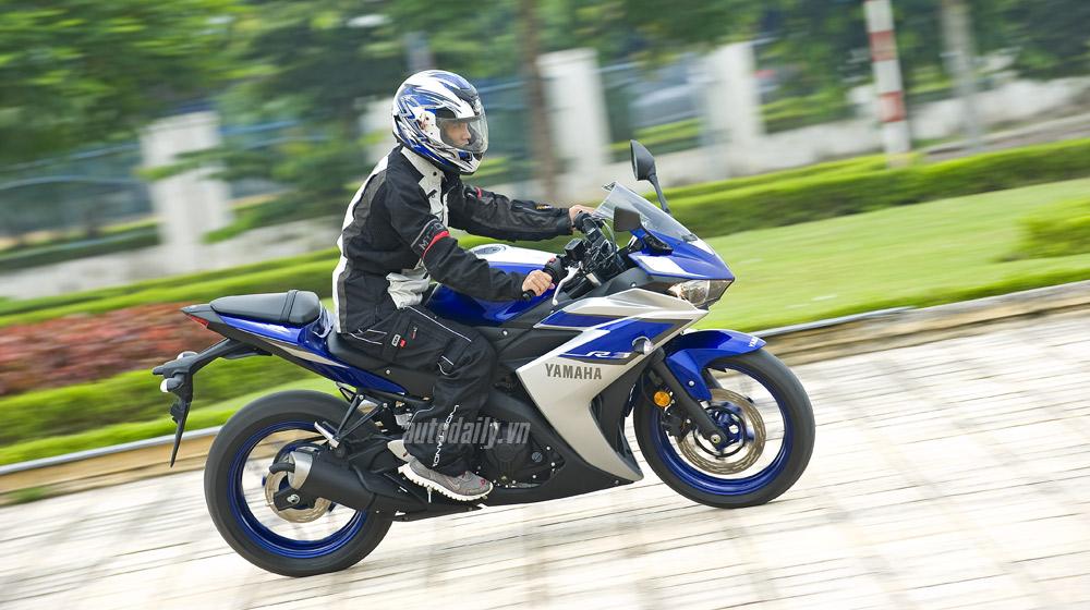 Yamaha R3_17.jpg