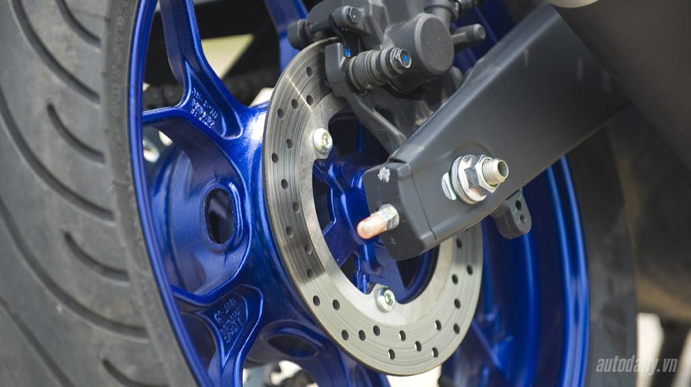 Yamaha R3_26.jpg