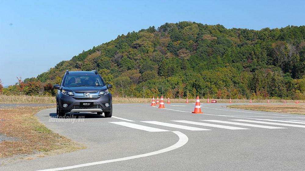 honda-br-v-crossover-autodaily-(11).jpg