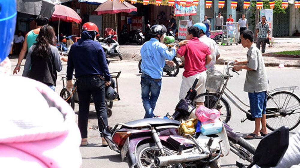 giao-thong-Viet-Nam-(1).jpg