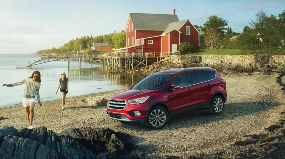 2017-Ford-Escape-Titanium-103-876x535 copy.JPG
