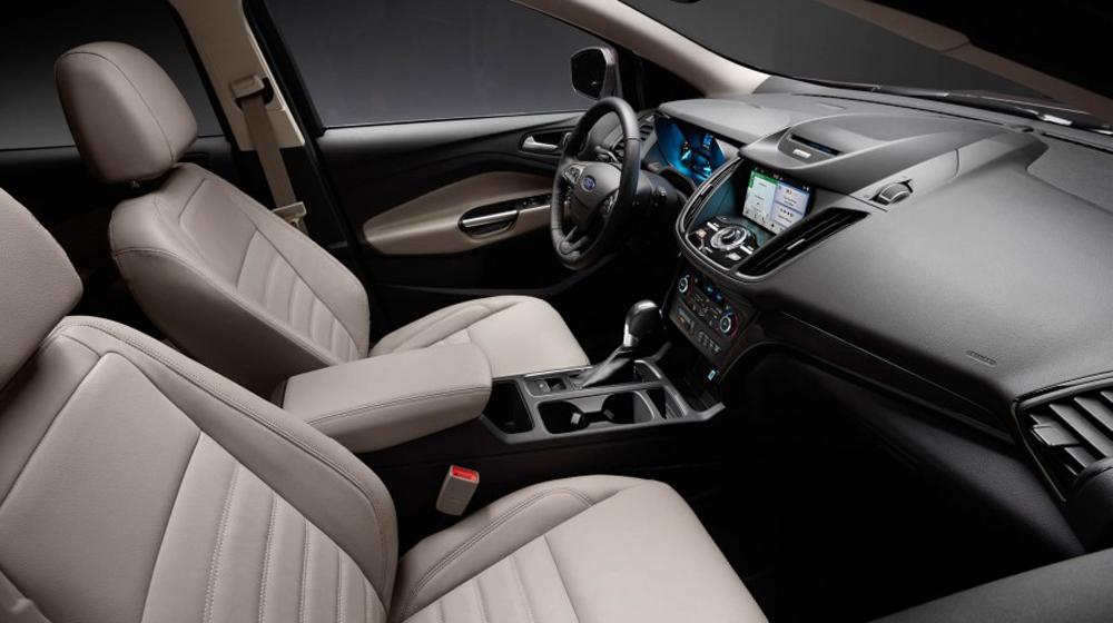2017-Ford-Escape-Titanium-114-876x535 copy.JPG