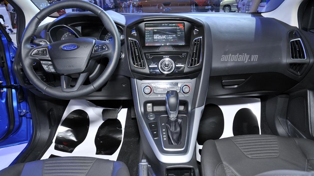 Ford Focus  (6).JPG