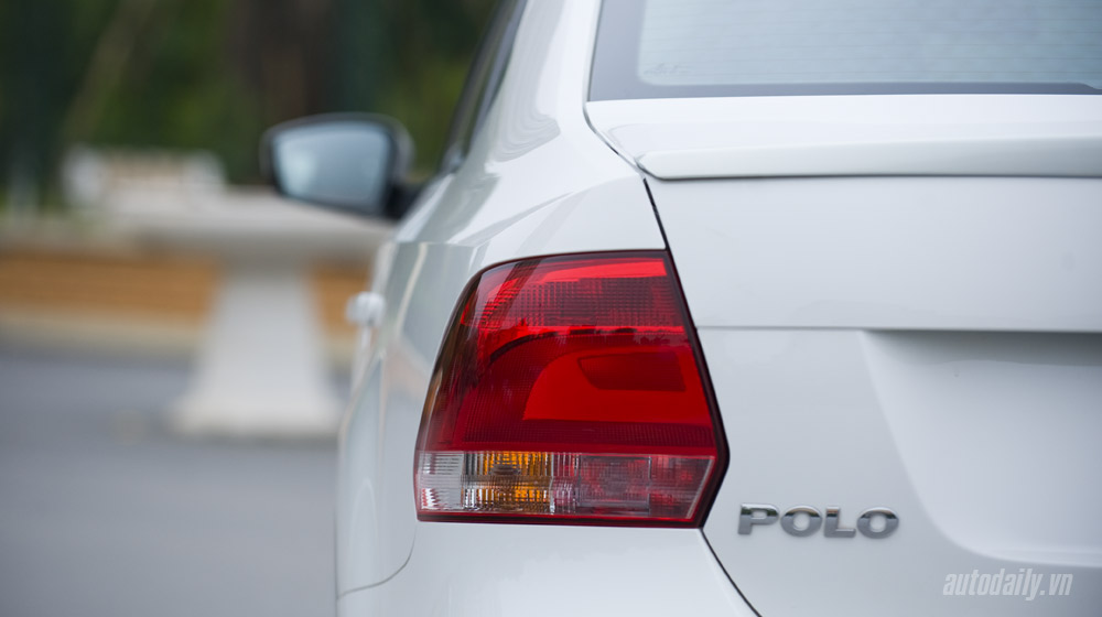 Volkswagen-Polo-Sedan-Test-Drive (17).jpg