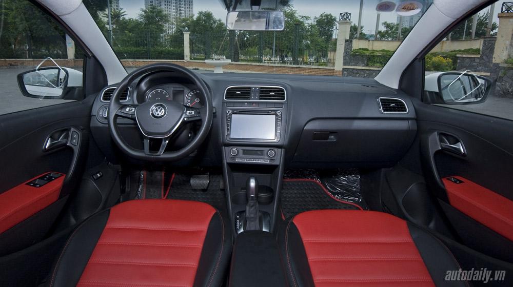 Volkswagen-Polo-Sedan-Test-Drive (30).jpg