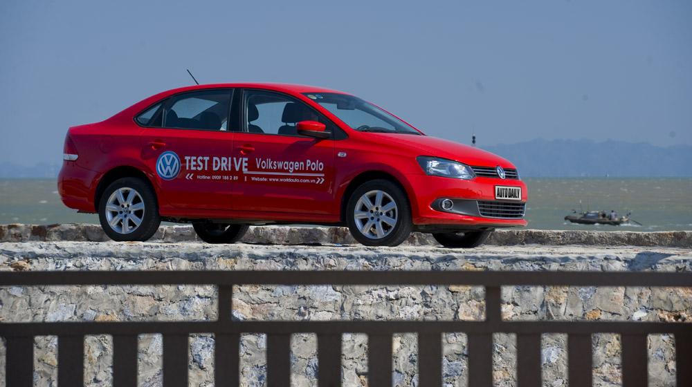 Volkswagen-Polo-Sedan-Trip (12).jpg