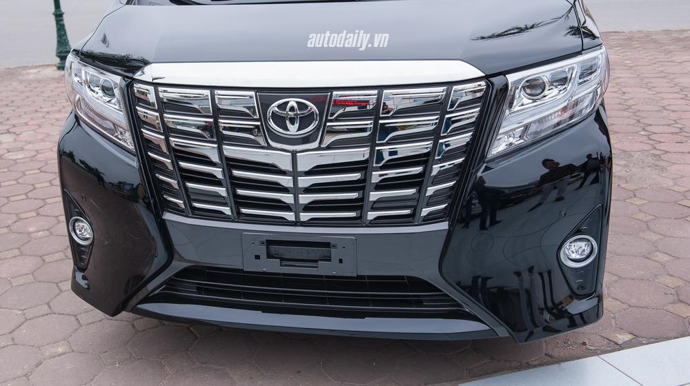 Toyota Alphard 2016 (12).jpg