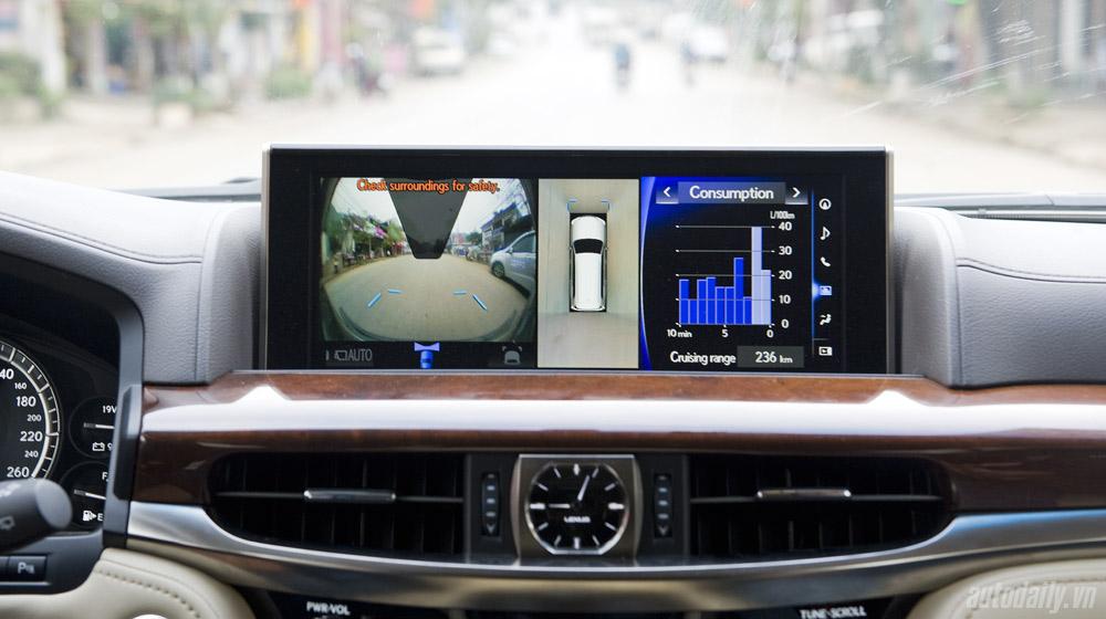 Lexus LX570 (58).jpg