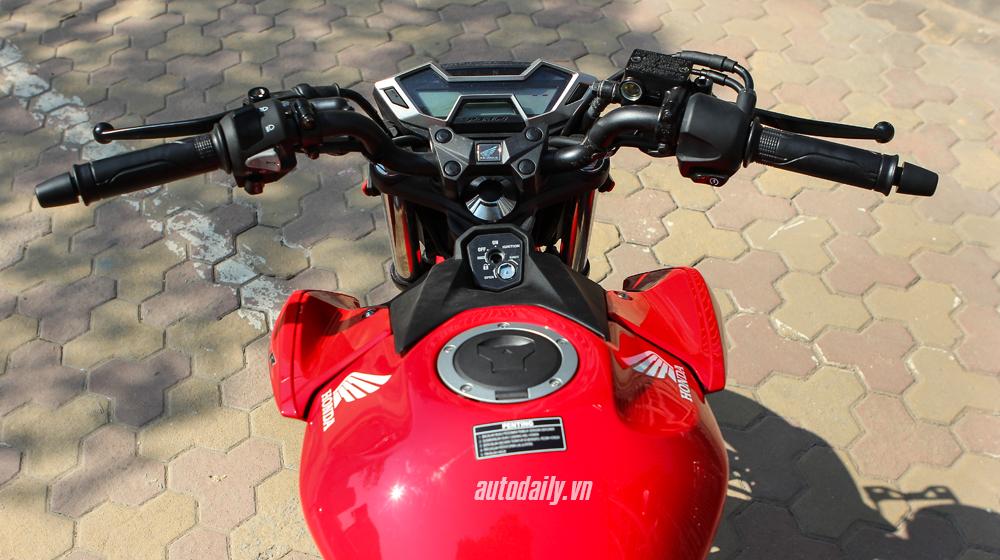 Honda CB150R 2016 (12).JPG