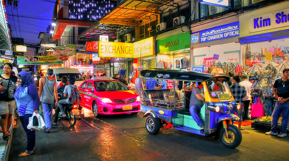 tuktuk.jpg