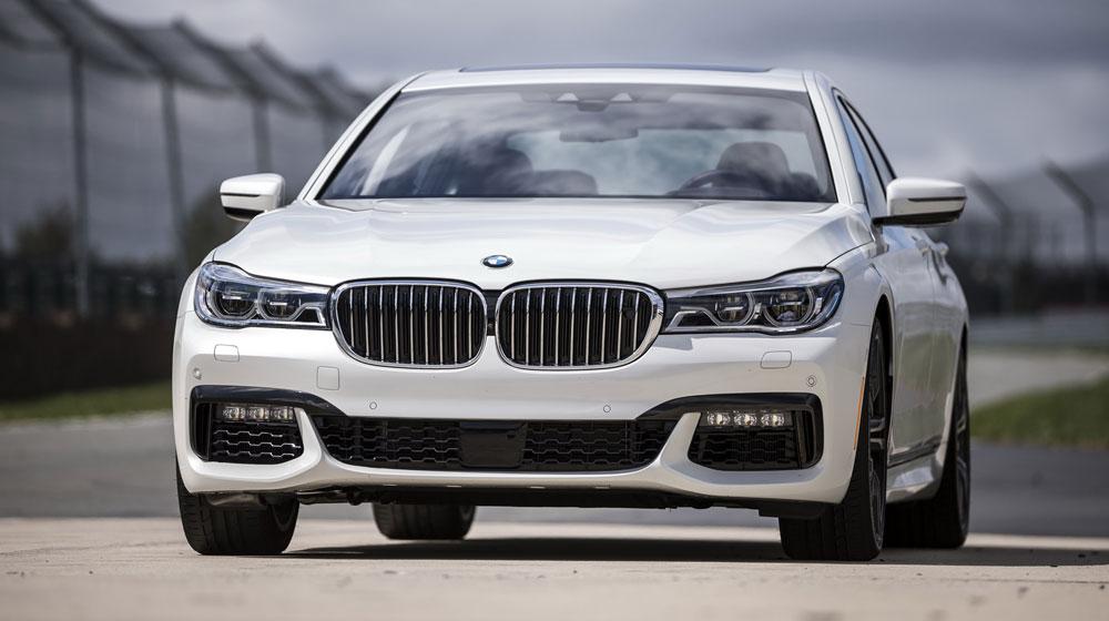 2016-BMW-7-Series-101.jpg