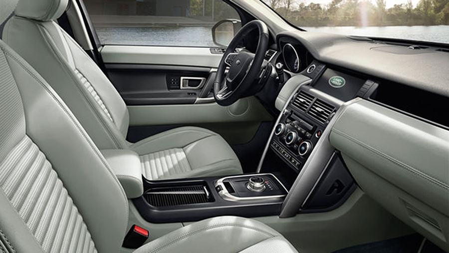 2017-Land-Rover-Discovery-Sport-02.jpg