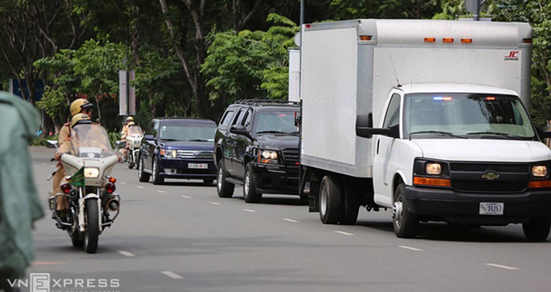 Xe Limousine chở Tổng thống Mỹ Obama đã về tới TP.HCM Limousine chở Tổng thống Mỹ Xe Limousine chở Tổng thống Mỹ Obama đã về tới TP.HCM limousine the beast 20 10