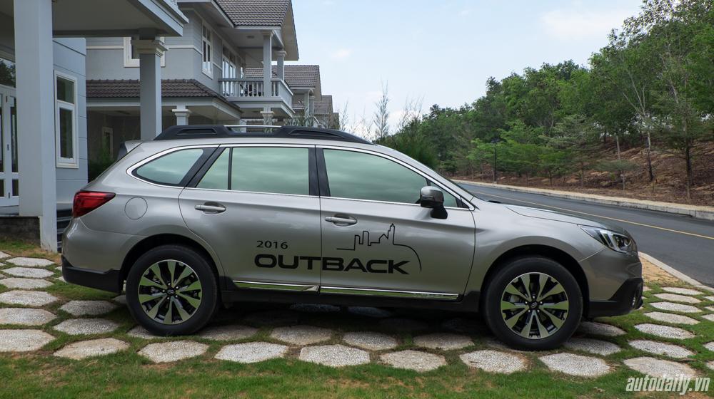 Subaru Outback (1).jpg
