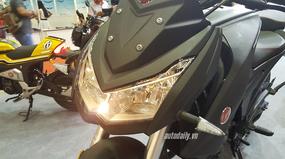 Kawasaki Z1000 (22).jpg