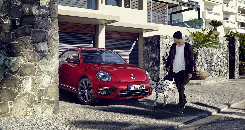 Volkswagen_Beetle_2016 (6).jpg