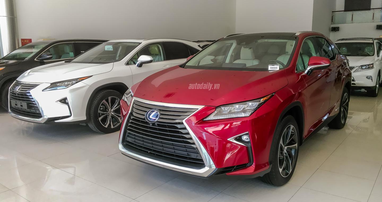 Lexus (2).JPG
