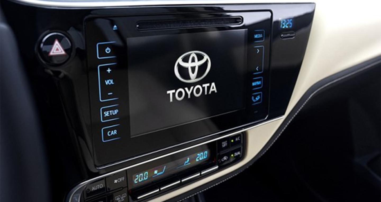 Toyota_Corolla_2017 (4).jpg