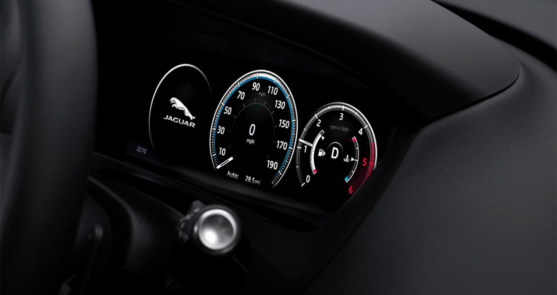 Jaguar-F-Pace (6).jpg