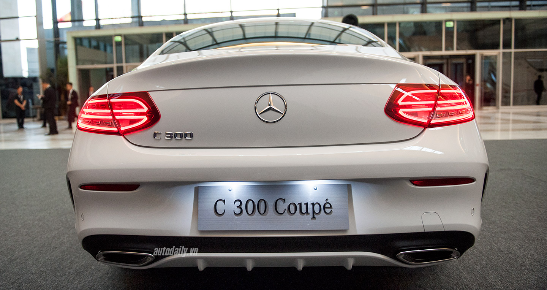 c-class-coupe-1.jpg