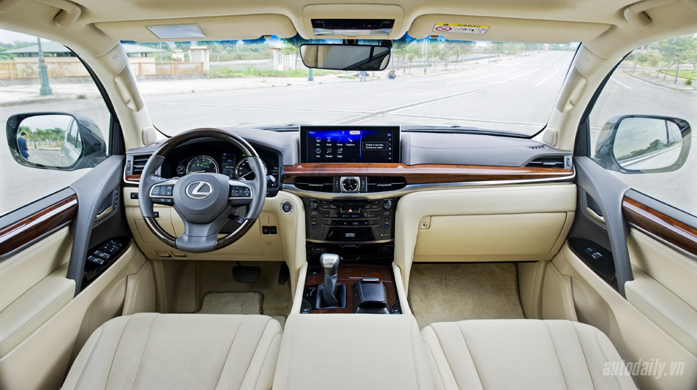 Mercedes-Benz GLS Đánh giá xe Mercedes GLS và Lexus LX570 Lexus 20LX570 20 54
