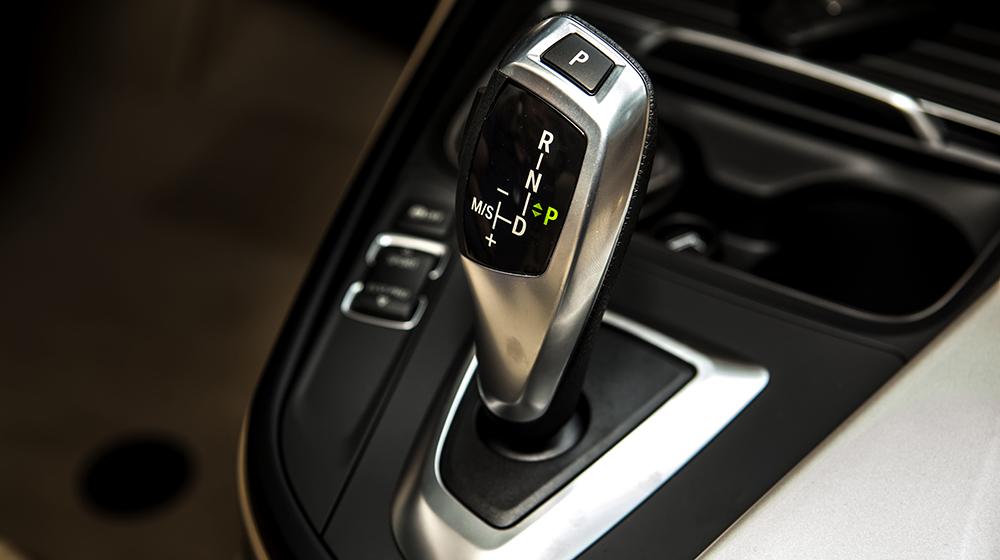 Giá xe BMW 320i bản kỷ niệm 100 năm tại Việt Nam từ 1,658 tỷ VNĐ 6
