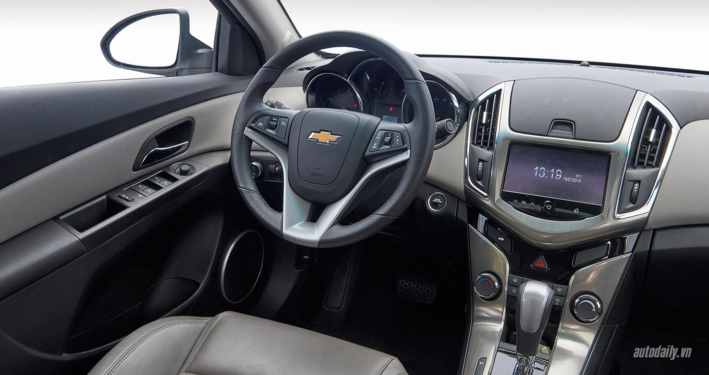 Chevrolet-Cruze-lowres20.jpg
