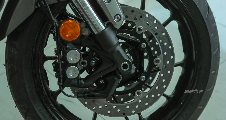 Yamaha XSR 900 (2).jpg