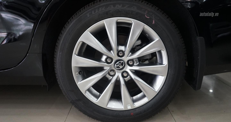 Giá xe Toyota Camry 2016 XLE 3.5 nhập mỹ với 2,9 tỷ tại Việt Nam 8