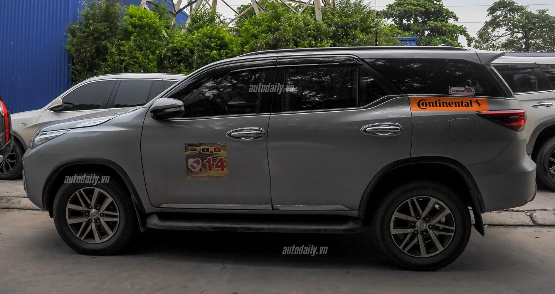 Cận cảnh Toyota Fortuner 2016 vừa xuất hiện trên đường phố Hà Nội 6