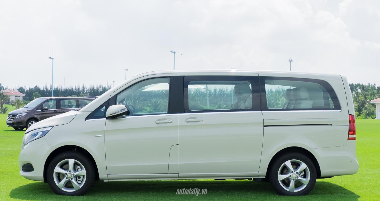 Mercedes-Benz_V250 (2).jpg