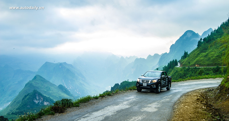 Cảm nhận Nissan NP300 Navara EL về khả năng vận hành qua thực tế lái 3