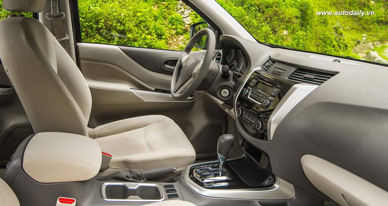 Cảm nhận Nissan NP300 Navara EL về khả năng vận hành qua thực tế lái 4