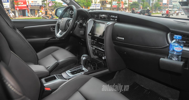 Bắt gặp Toyota Fortuner 2016 trên phố phiên bản được đưa về thị trường Việt 5