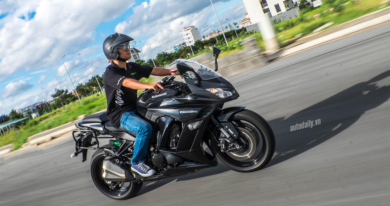 Kawasaki_Z1000SX (7).jpg